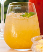 Non-alcoholic Tropical Fruit Punch